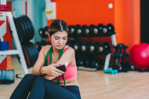 maintain healthy blood sugar levels -- weightlifting for women