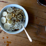 Oatmeal with Banana and Walnuts