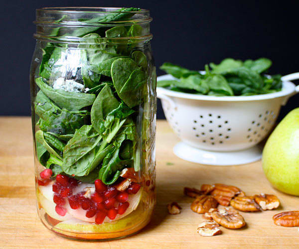 Blue Cheese, Pear, and Spinach Salad