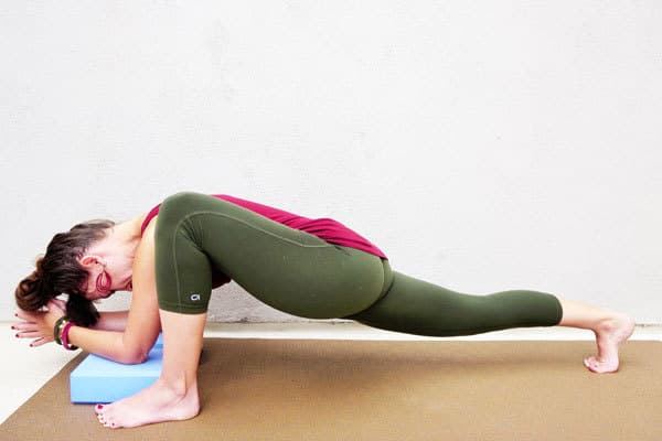 Yoga Poses for Hip Pain - Lizard
