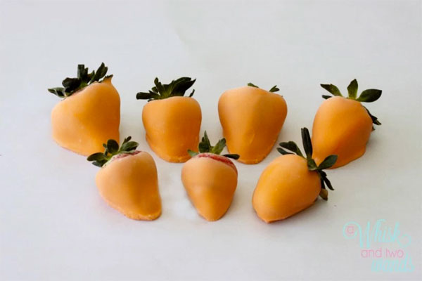 Yogurt-Dipped Strawberry Carrots