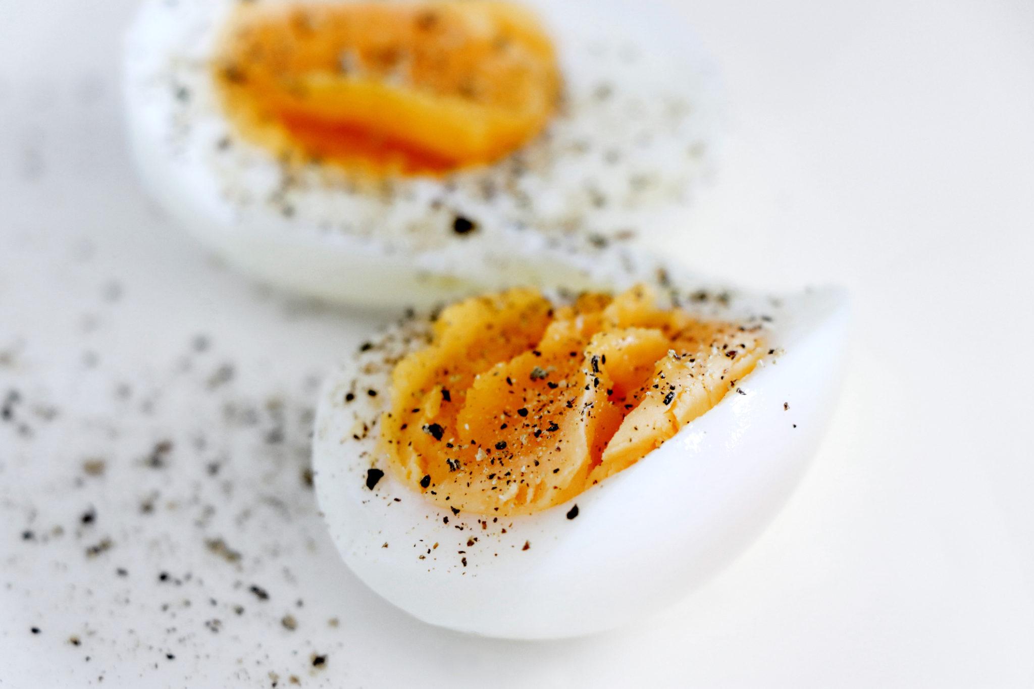 foods high in phosphorus- eggs