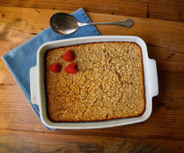 Baked Vanilla Oatmeal With Nutmeg healthy christmas breakfast