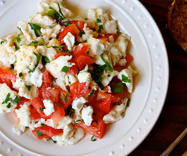 Goat Cheese, Tomato, and Parsley Scramble Recipe