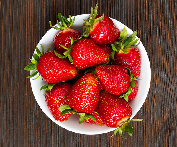 Healthy Snacks for Work Under 200 Calories - Strawberries