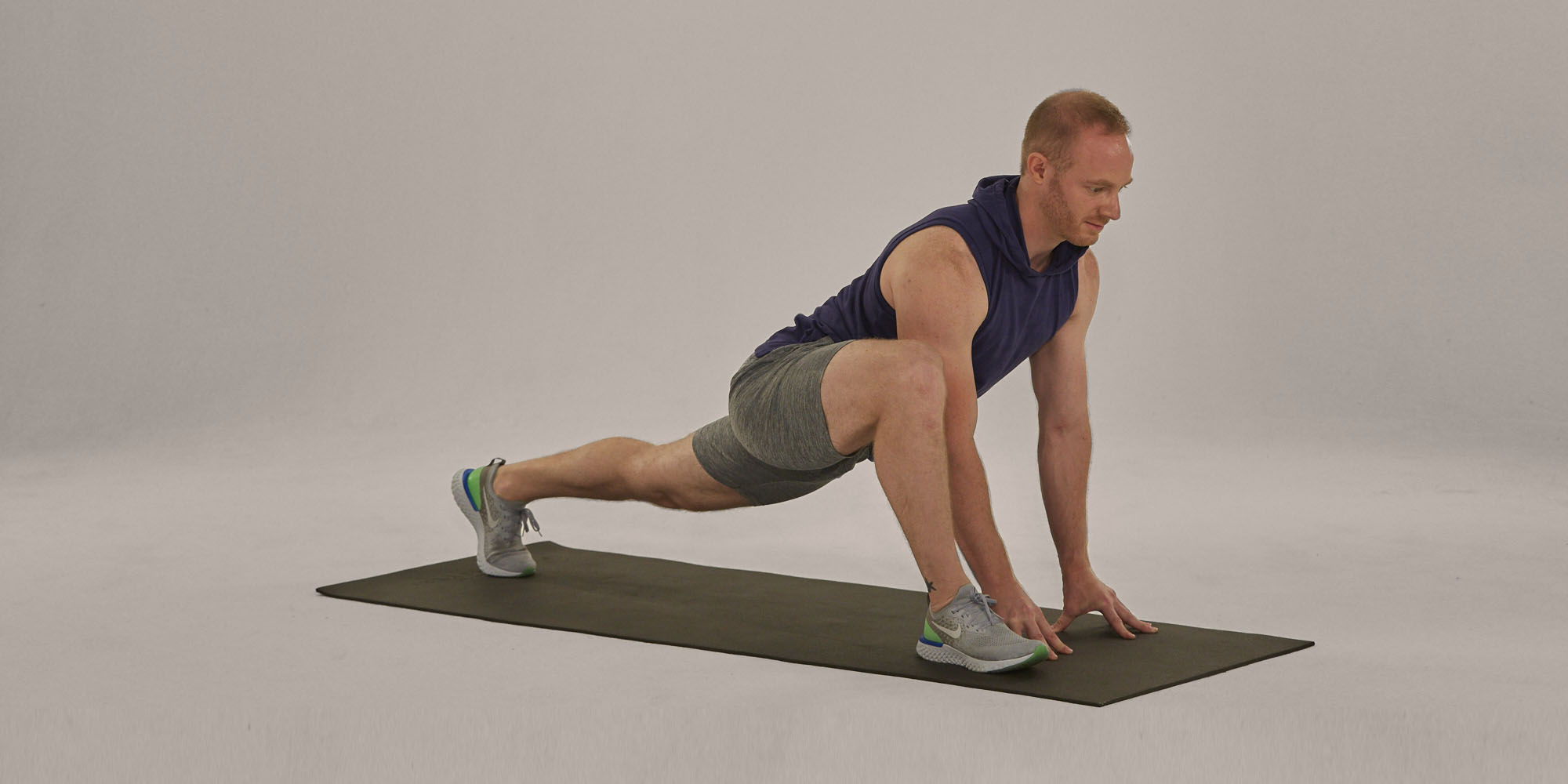 Best Hip Stretches - runner's lunge