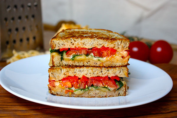 Easy Smoked Gouda Grilled Cheese with Arugula and Roasted Red Peppers