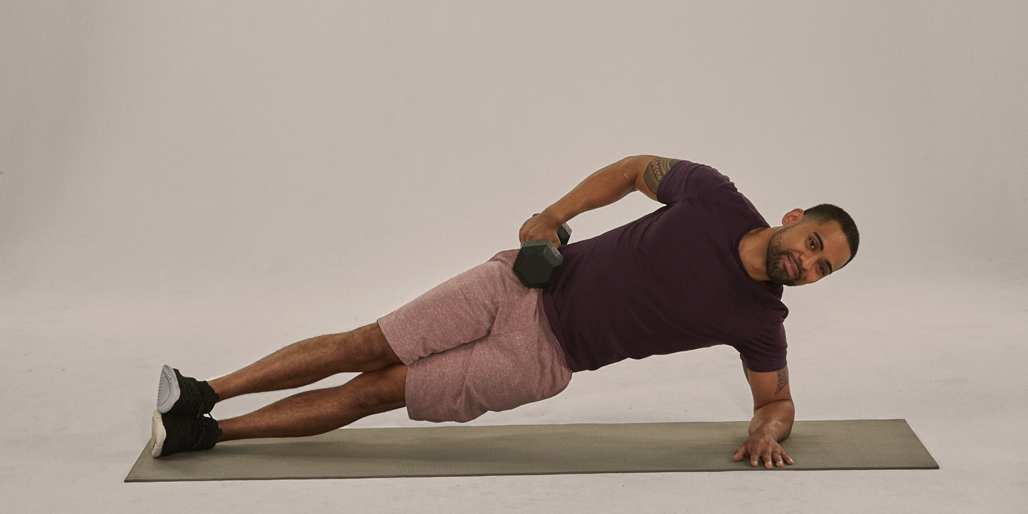 Sculpt Your Obliques With Side Plank Hip Lifts