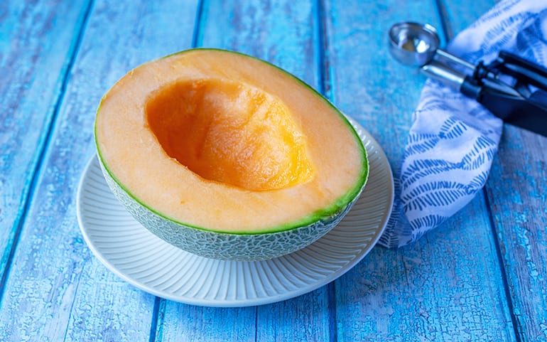 100 Calories of Cantaloupe