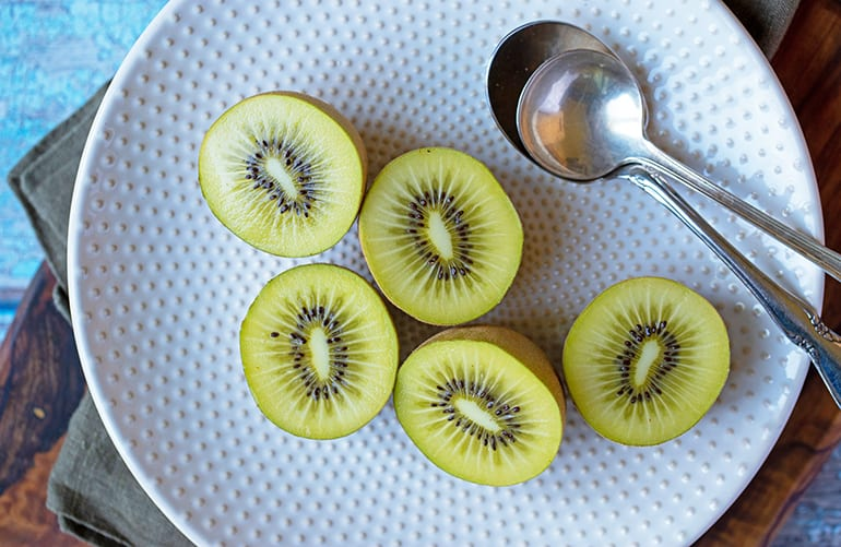 100 Calories of Kiwifruit