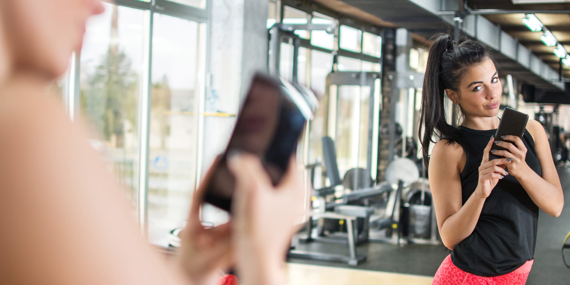 4 Reasons You Shouldn't Feel Bad About Taking Workout Selfies