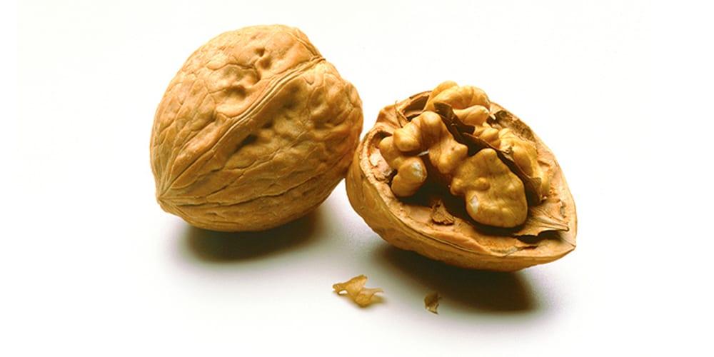 walnuts | vegan protein sources