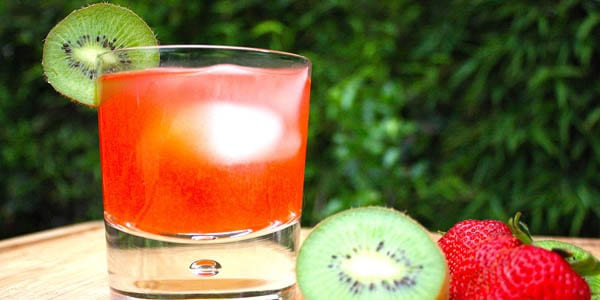 strawberry kiwi infused water recipe