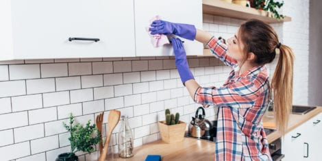 7 Healthy Benefits of Spring Cleaning