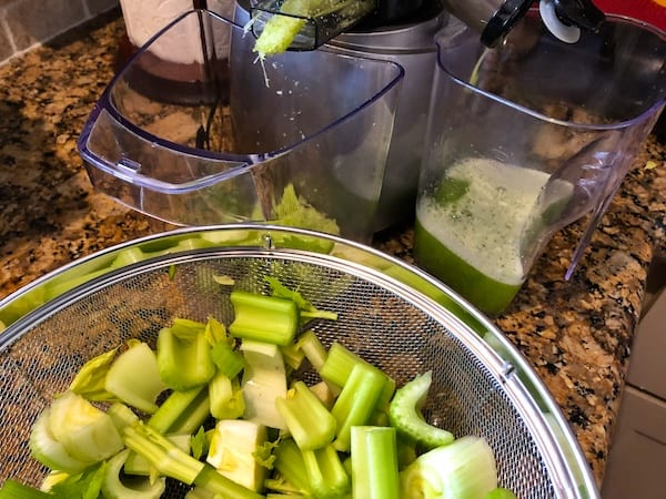 celery juice - juicing celery