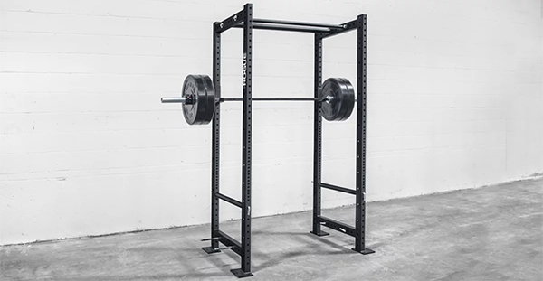 Rogue R4 Power Rack - building a home gym