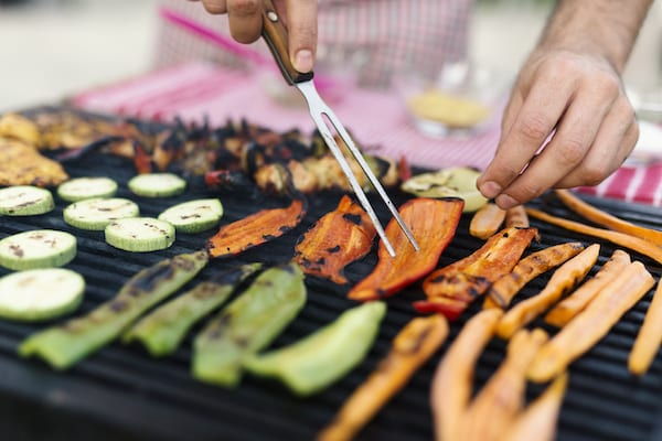 is grilling healthy - grilling vegetables