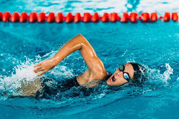 Learning how to swim as an adult - swimming drills