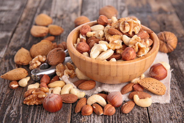 foods that lower blood sugar- nuts