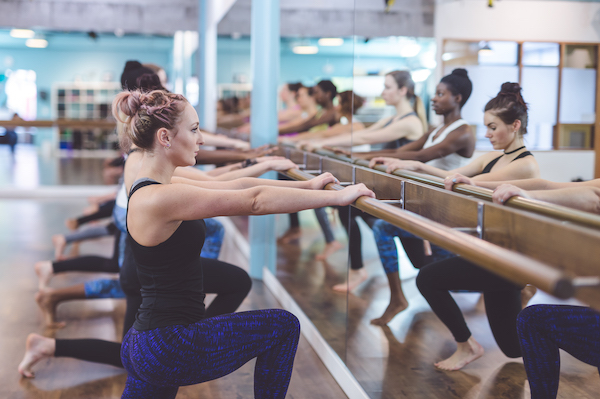 barre weight loss- women doing barre