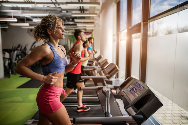 hiit training treadmill- woman on treadmill