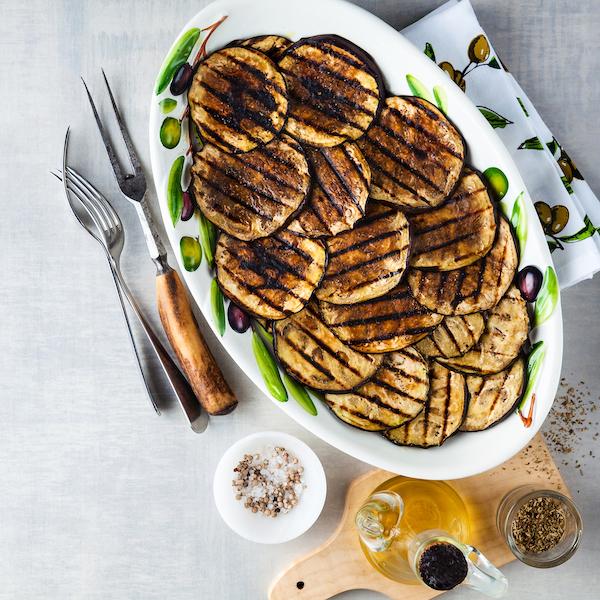 low-carb-bun-substitutes-grilled-eggplant