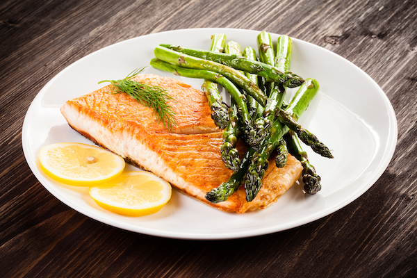 salmon and asparagus food combination