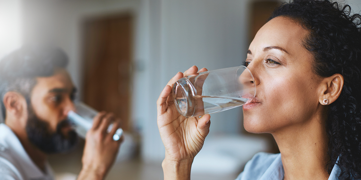 eating healthier getting sick - people drinking water