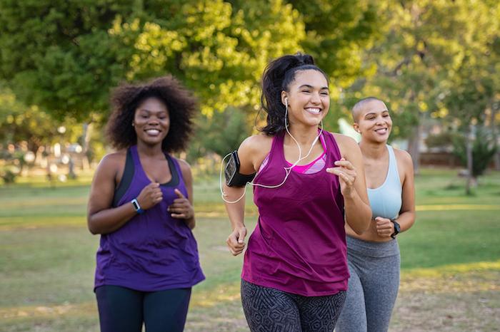 cutting sugar weight loss - women jogging