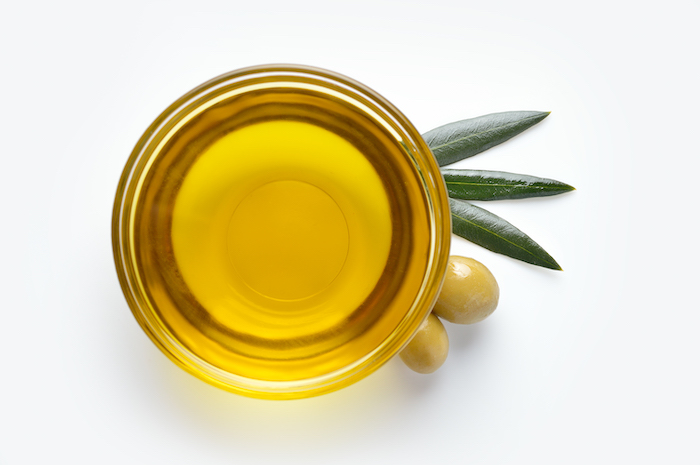 6 essential nutrients - olive oil