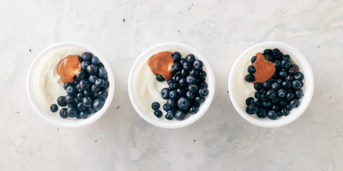 greek yogurt with berries- trader joes meal prep
