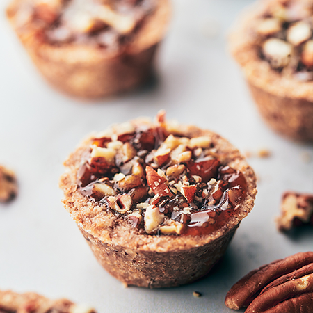 mini pecan pies | plant based thanksgiving recipes