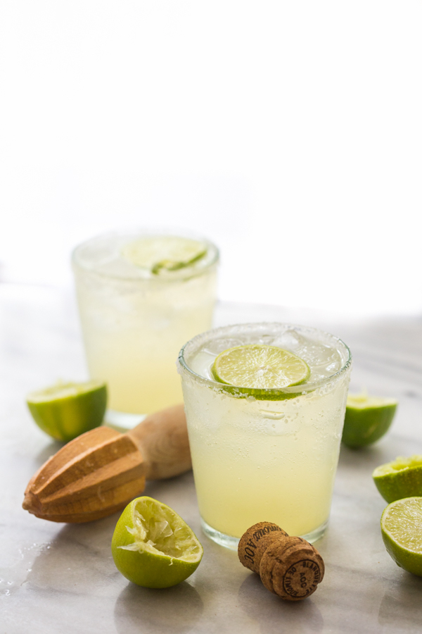 healthier holiday cocktails- champagne margarita