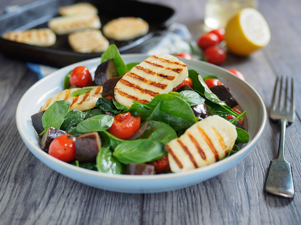 what is halloumi- halloumi salad