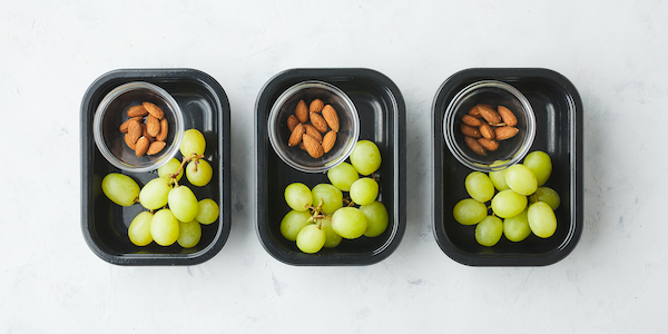pescatarian meal prep- grapes and almonds