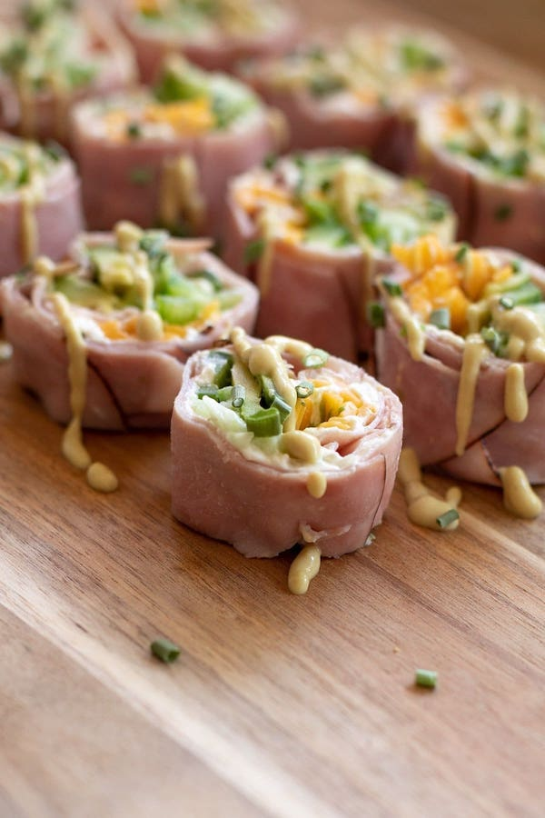 game day appetizers- lunch roll up