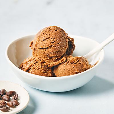 bowl of chocolate mocha ice cream | valentine's day recipes