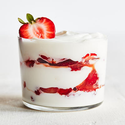 strawberry balsamic vinegar parfait| valentine's day recipes