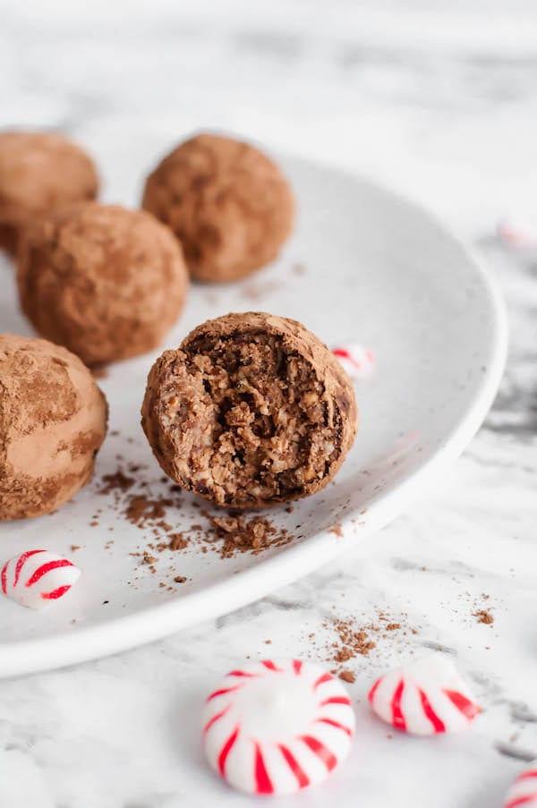peppermint protein balls interior