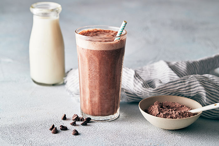 what to eat after a workout - protein shake