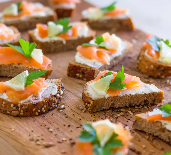 healthy easy snacks - smoked salmon bites
