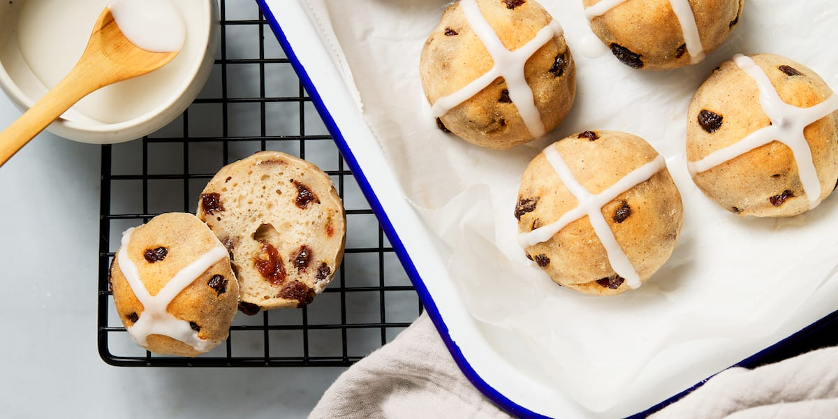 healthy easter desserts - gluten free hot cross buns
