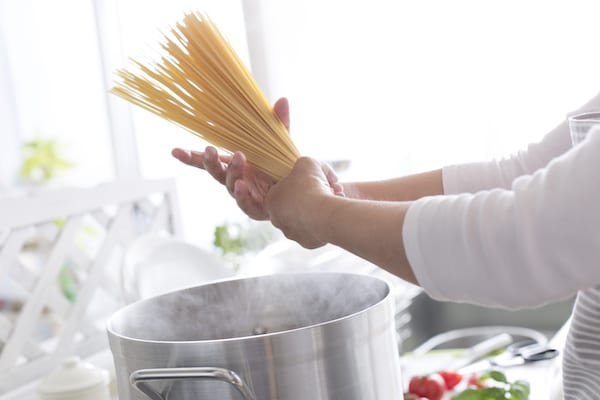 common cooking mistakes - making pasta