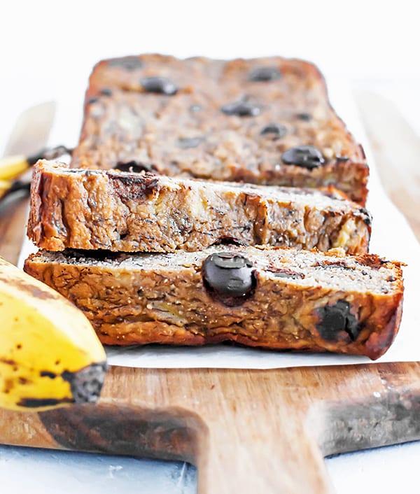 chocolate chip banana bread - sliced banana bread loaf