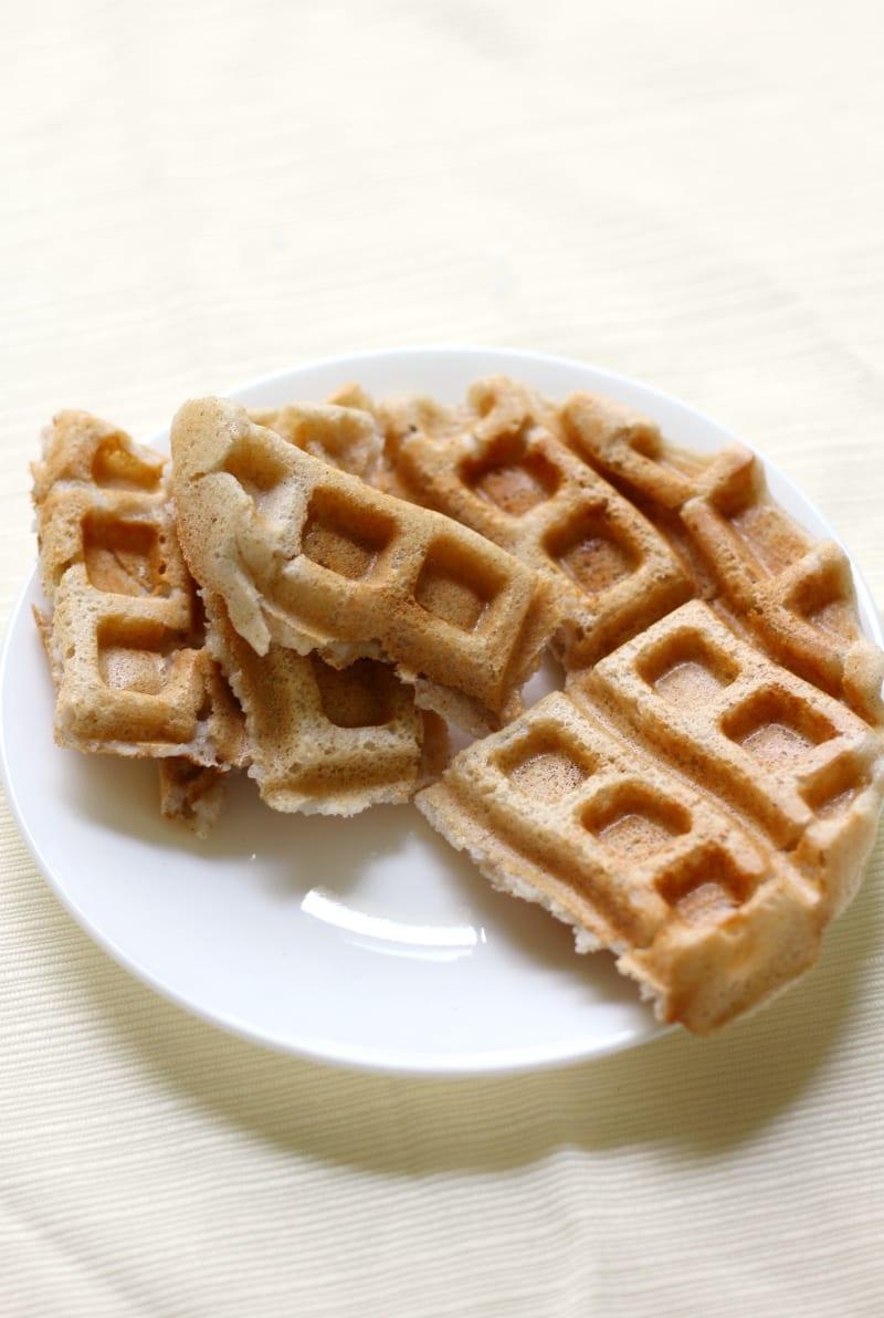 kid friendly meal preps - applesauce waffles