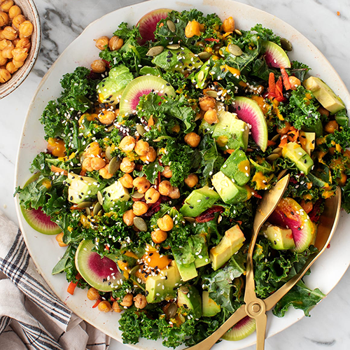 kale salad with carrot ginger dressing | healthy fall recipes