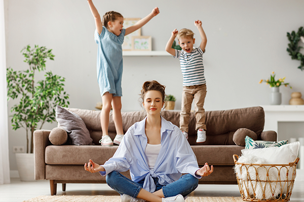 mom meditating despite loud kids | meditation for beginners