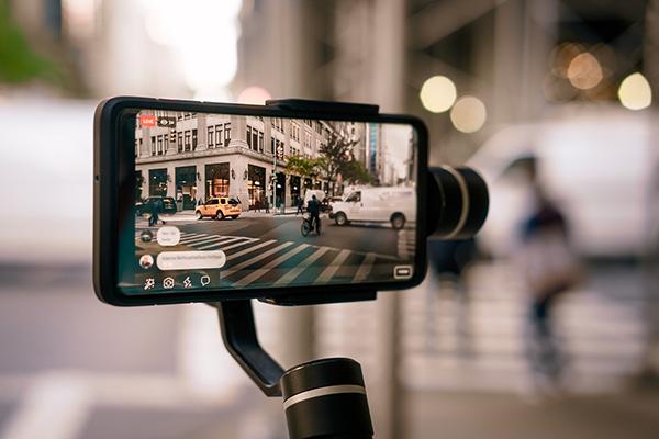filming on phone | phone addiction