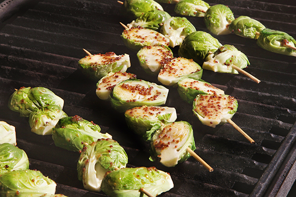 brussels sprouts cooking on grill | how to cook brussels sprouts
