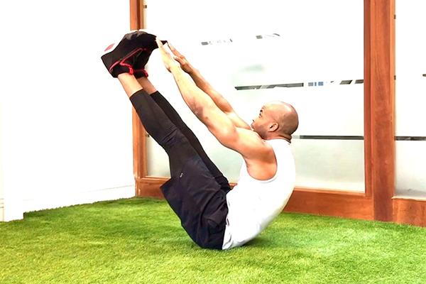 v sit up demonstration | yoga core workout